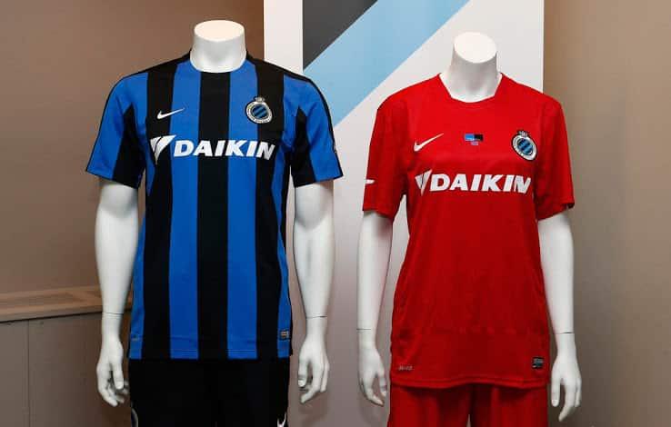 Vice-champion de Belgique, le FC Bruges et Nike viennent de dévoiler les nouveaux maillots domicile et extérieur pour la saison 2015-2016.