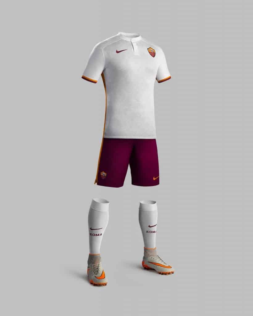 2ème de Serie A cette saison, l'AS Rome et Nike son équipementier viennent de dévoiler les nouveaux maillots 2015-2016 du club.