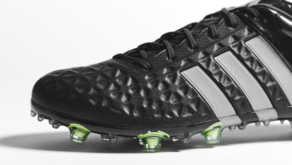 chaussure-football-adidas-ACE15-noir-argent-5
