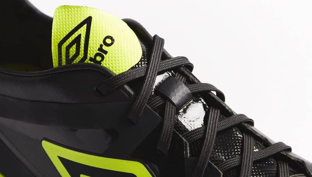 chaussure-football-umbro-velocita-noir-jaune-2