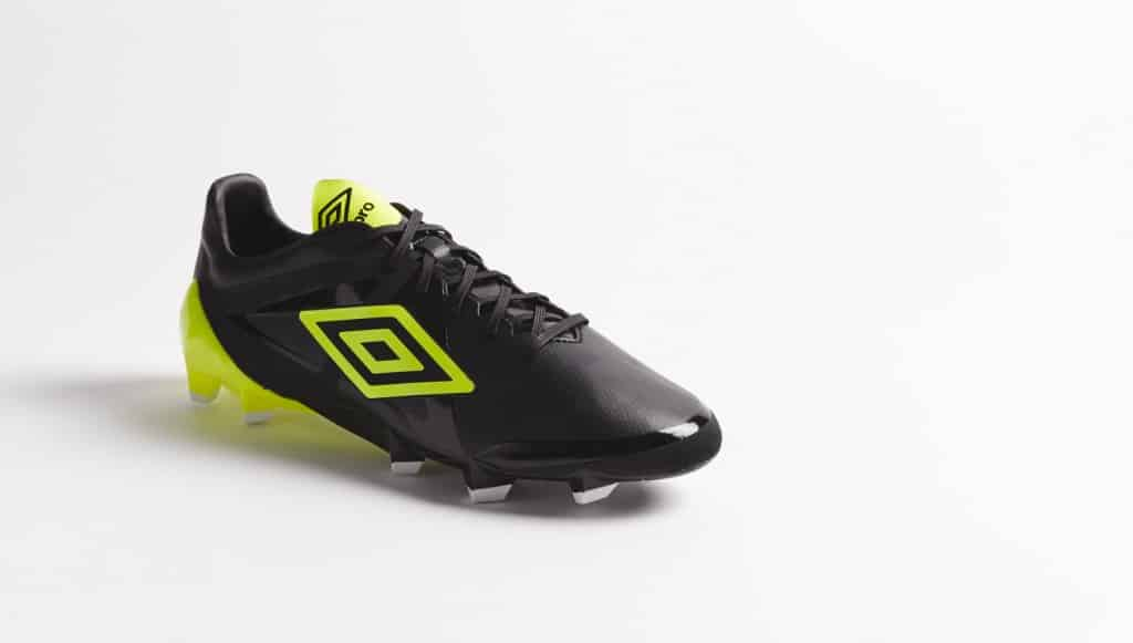 chaussure-football-umbro-velocita-noir-jaune-3