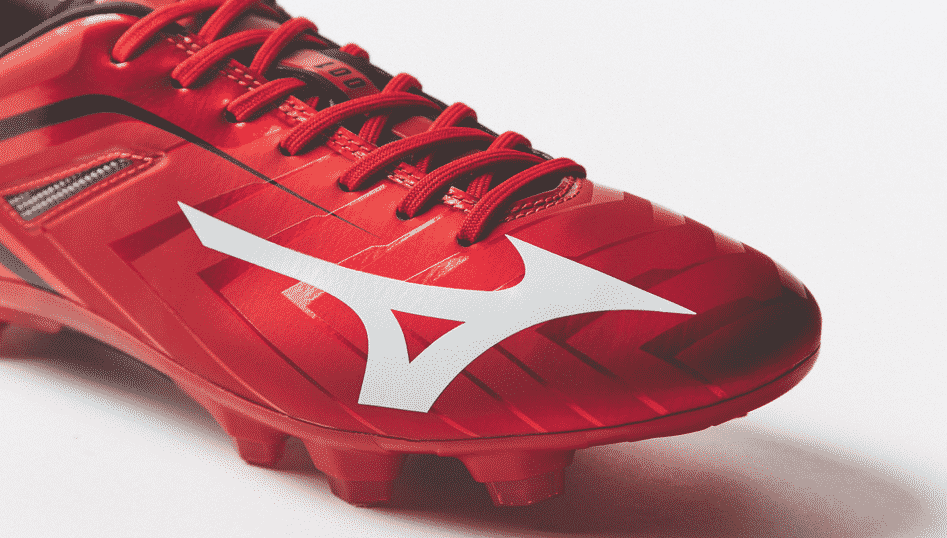A l'approche de la saison 2015-2016, Footpack part à la découverte des nouveautés football de la marque Japonaise Mizuno