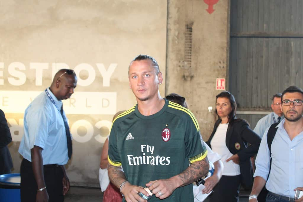 bethedifference-world-final-marseille-adidas-mexes