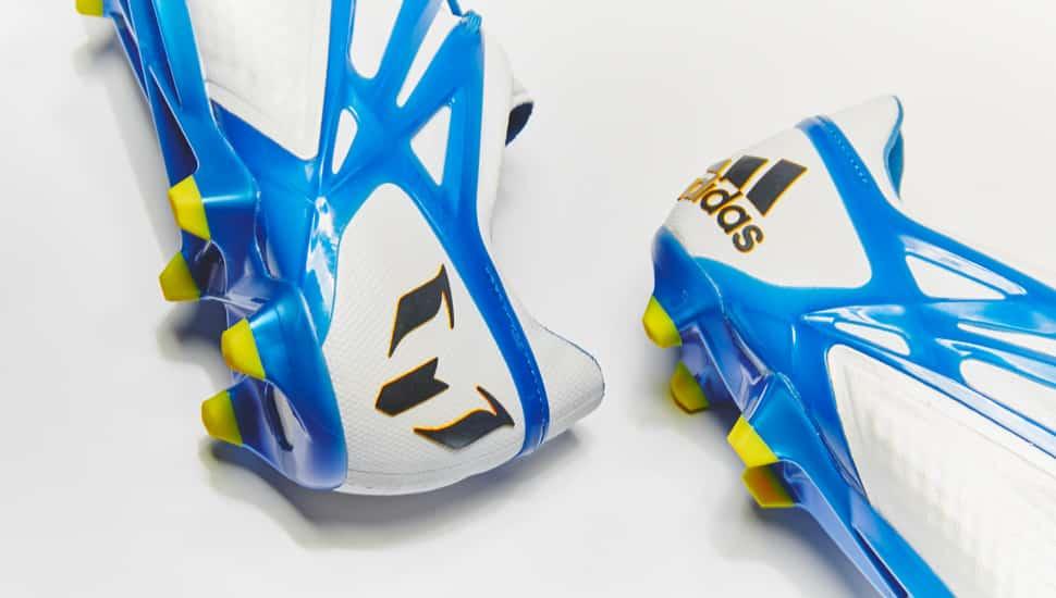 chaussure-football-adidas-Messi15-blanc-bleu-2015-2
