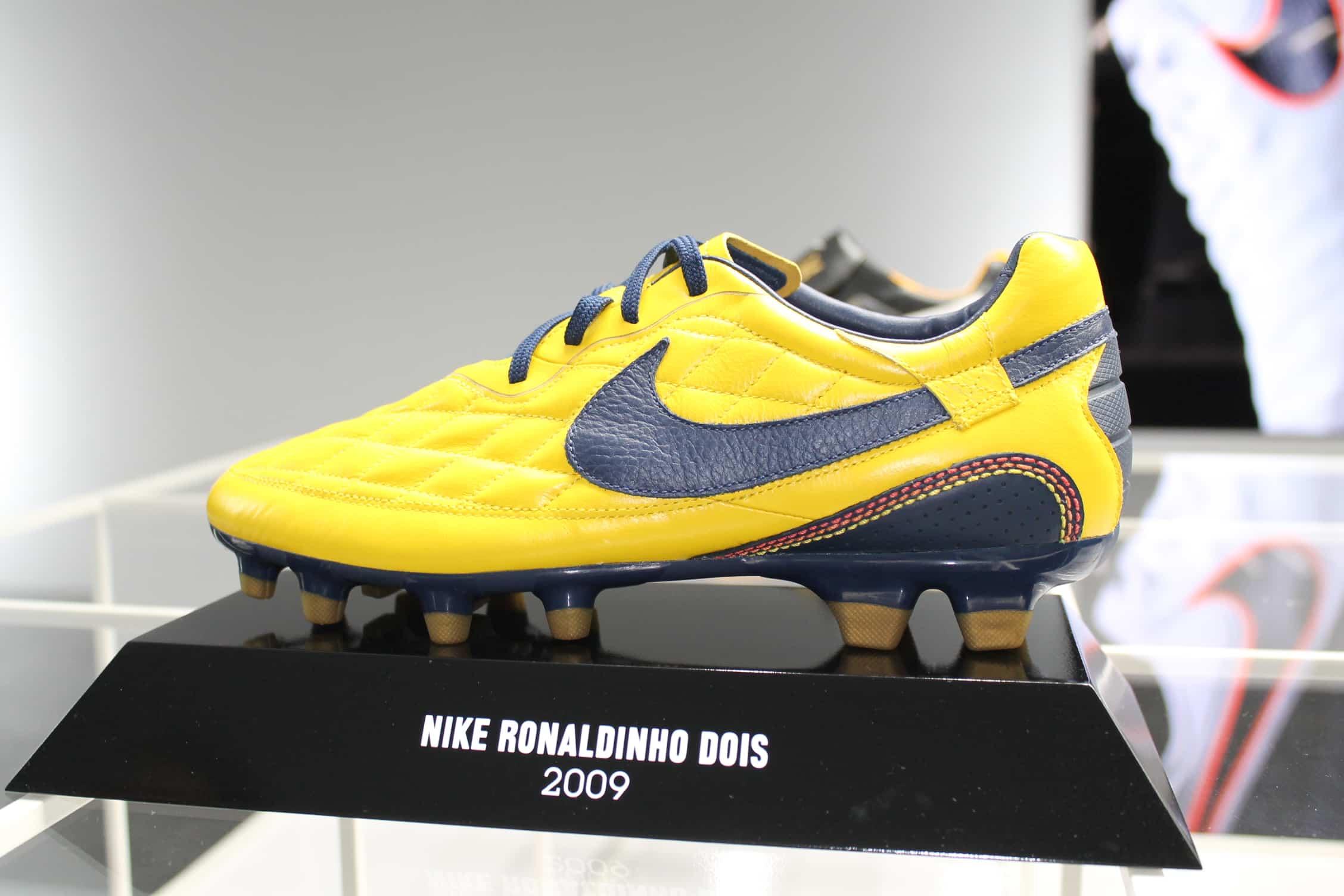 Chaussures Portées Des Par 5 Top Ronaldinho mNnwv80O