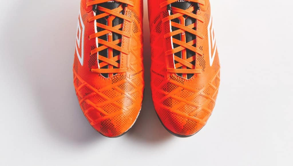 chaussure-football-umbro-ux2-orange-3