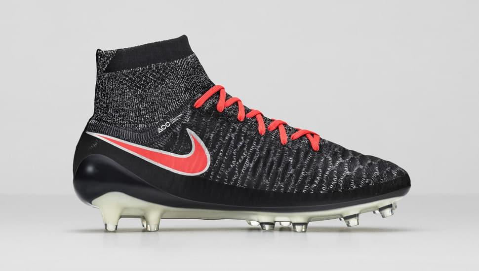 chaussure-football-femme-nike-magista-2-pack-2015