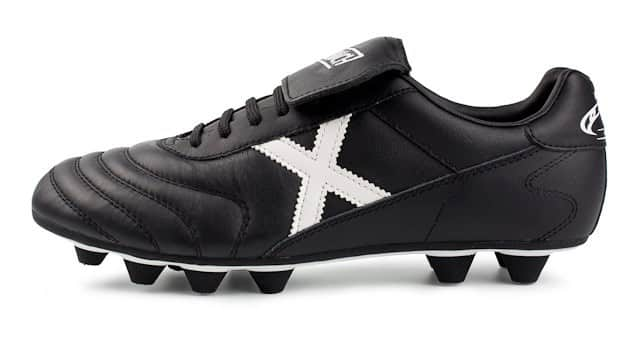 chaussure-football-munich-mundial