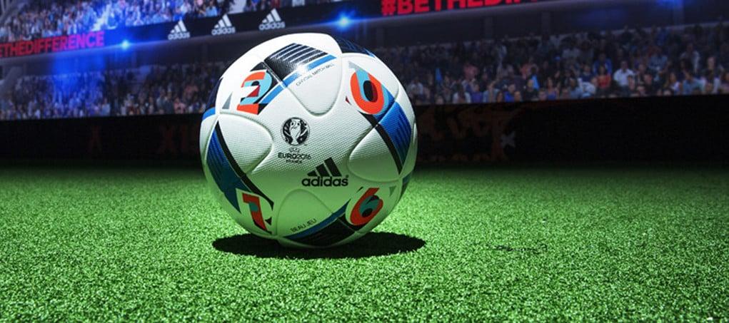 """A quelques semaines du début de l'Euro 2016, adidas fournisseur officiel de la compétition vient de présenter le nouveau ballon officiel baptisé """"Beau jeu"""""""