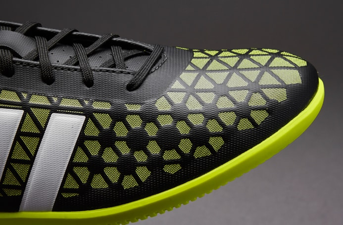 chaussure-football-adidas-ACE-15.3-Indoor
