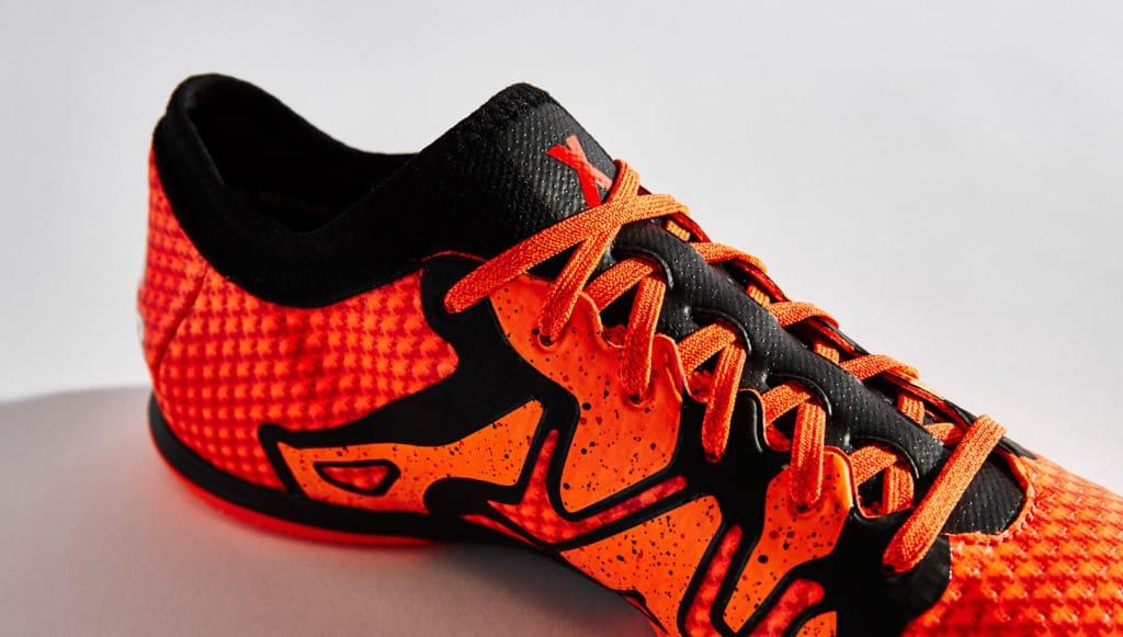 chaussure-football-adidas-X15-primeknit-2