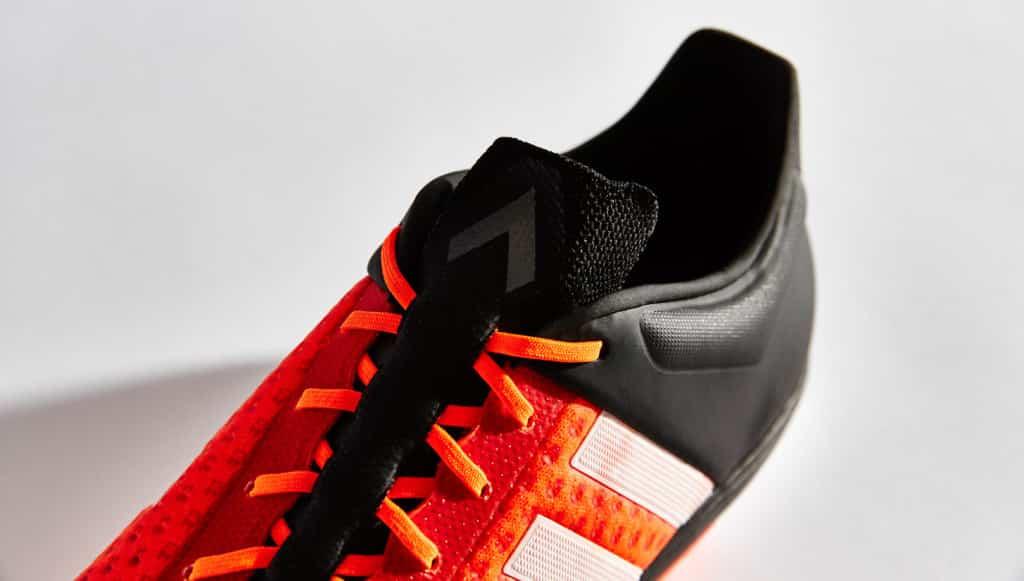 chaussure-football-adidas-ace15-primeknit