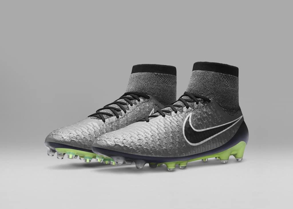 chaussure-football-nike-magista-obra-liquid-chrome
