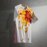 adidas présente les maillots de l'Espagne pour l'Euro 2016