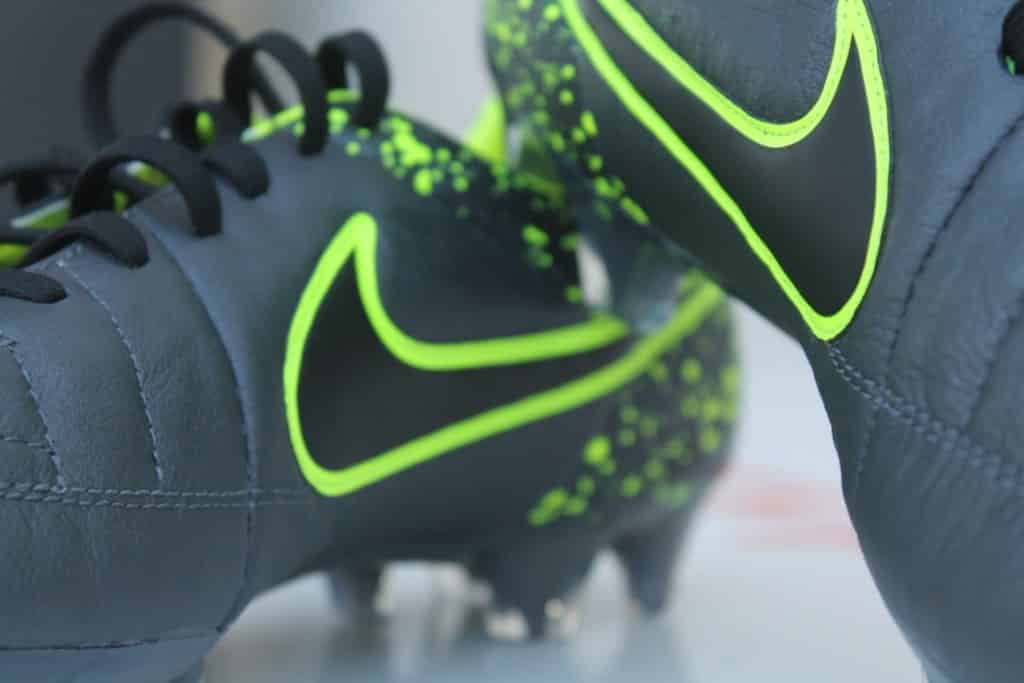 shooting-chaussure-football-nike-tiempo-legend-electro-flare-12-min