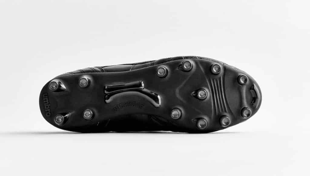 chaussure-football-umbro-speciali-noir-noir-3