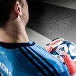 adidas lance les gants «History Pack» pour les gardiens de but