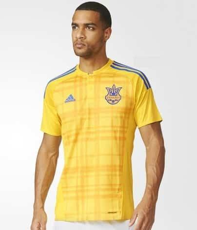 Engagé dans les barrages de l'Euro 2016, l'Ukraine et adidas viennent de dévoiler le nouveau maillot principal de la sélection.