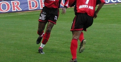 Drogba-guingamp-2002-nike-match-mercurial