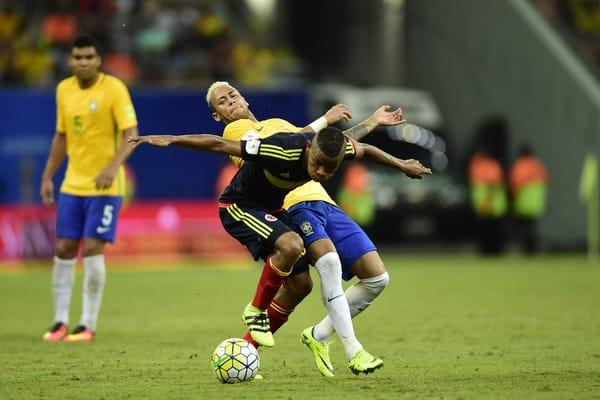 Neymar Lightning storm pack hypervenom