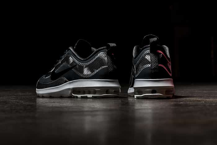 chaussure-Nike_Air_Max_Mercurial_Metallic_3