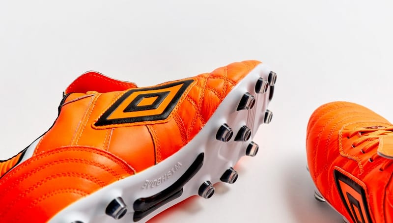 Spécial Halloween TOP 10 des chaussures de foot Orange