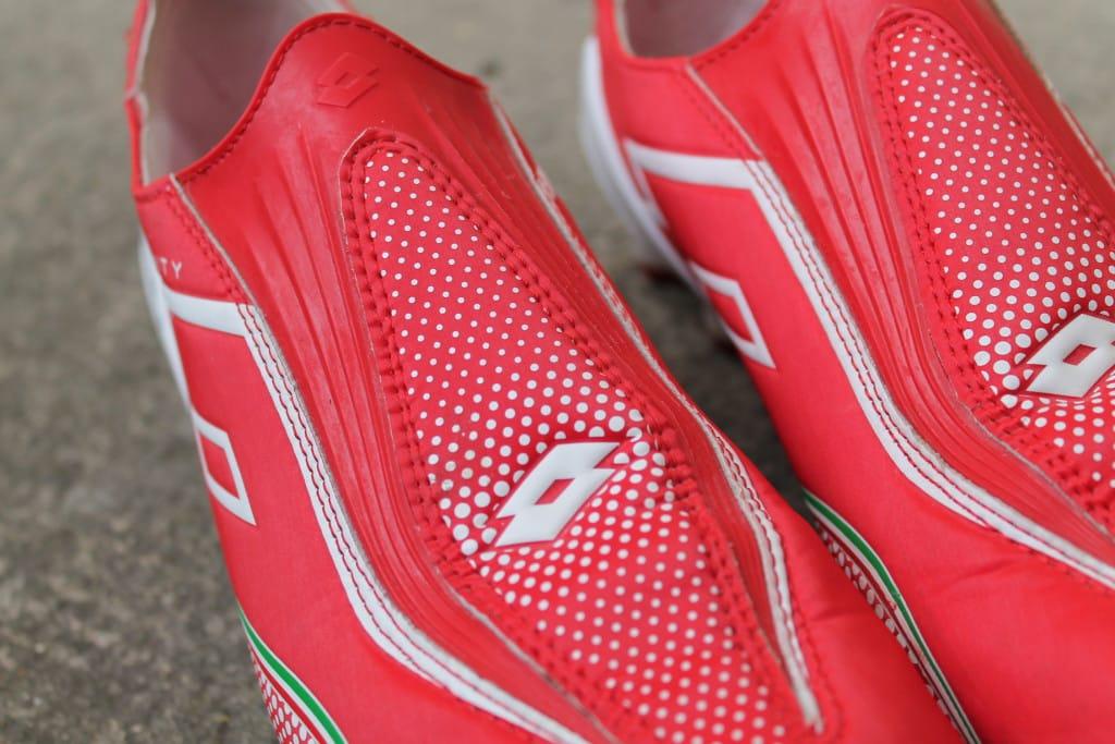 chaussure-football-lotto-gravity-ultra-2