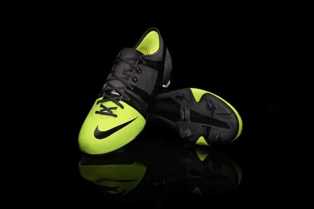 chaussure-football-nike-mercurial-GS-1