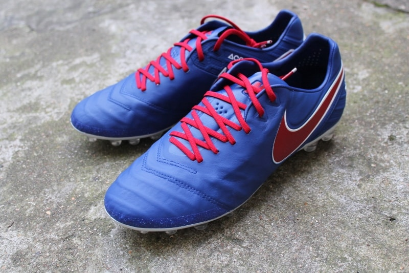 chaussure-football-nike-tiempo-legend-6-iD-Footpack-PUC-1 (800x533)
