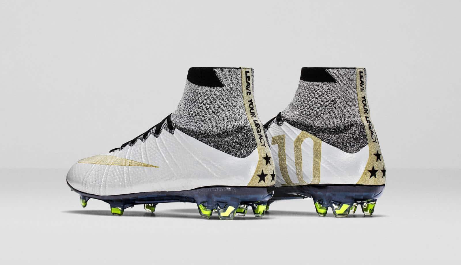 cd7ba38f515f4a Les chaussures de foot Nike dévoilées en 2016 - Footpack