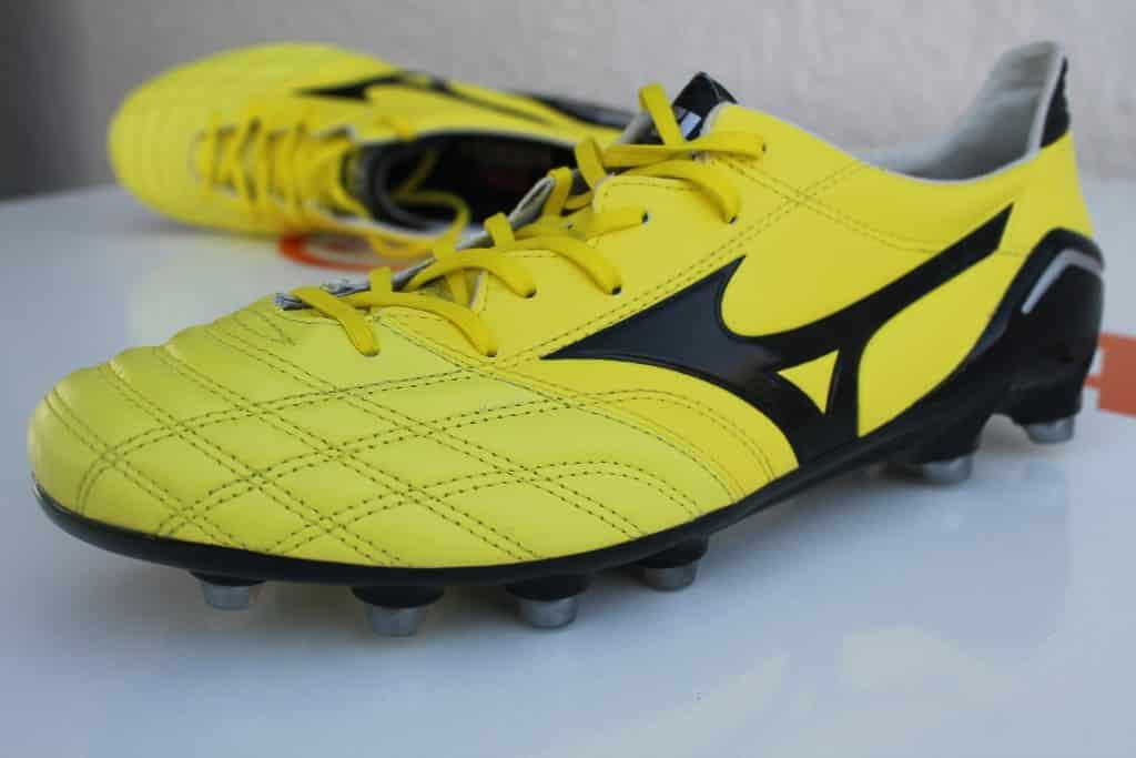 test-chaussure-foot-mizuno-morelia-neo-9-min