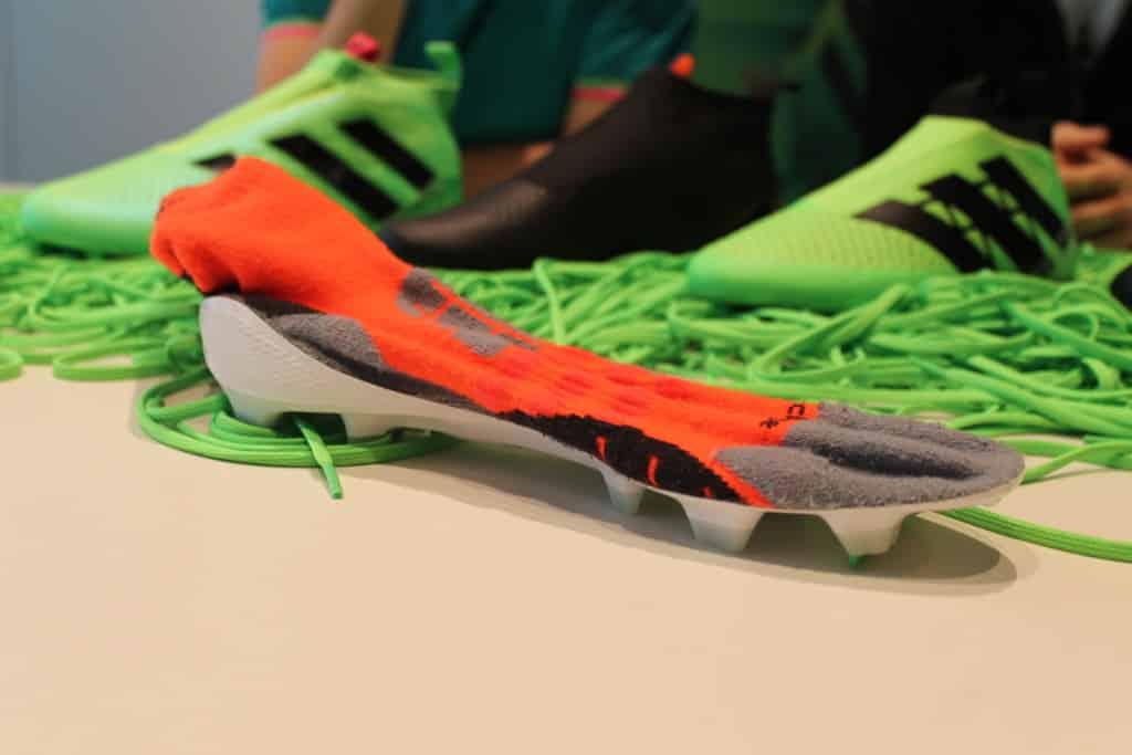 chaussure-football-adidas-ace-16-laceless-prototype-1