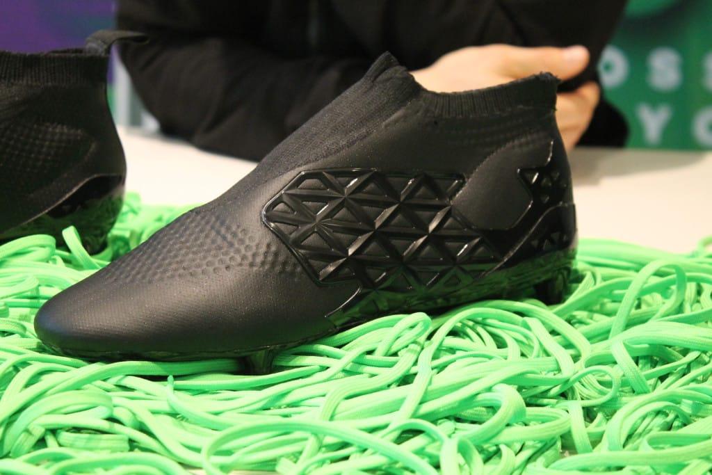 chaussure-football-adidas-ace-16-laceless-prototype-2