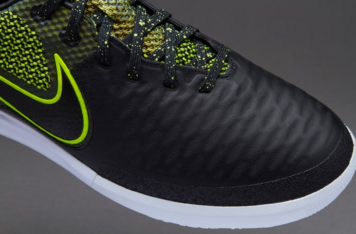 chaussure-football-nike-magista-x-finale-black-volt-3