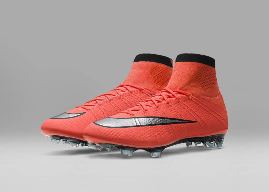 chaussure-football-nike-metal-flash-pack-mercurial-orange