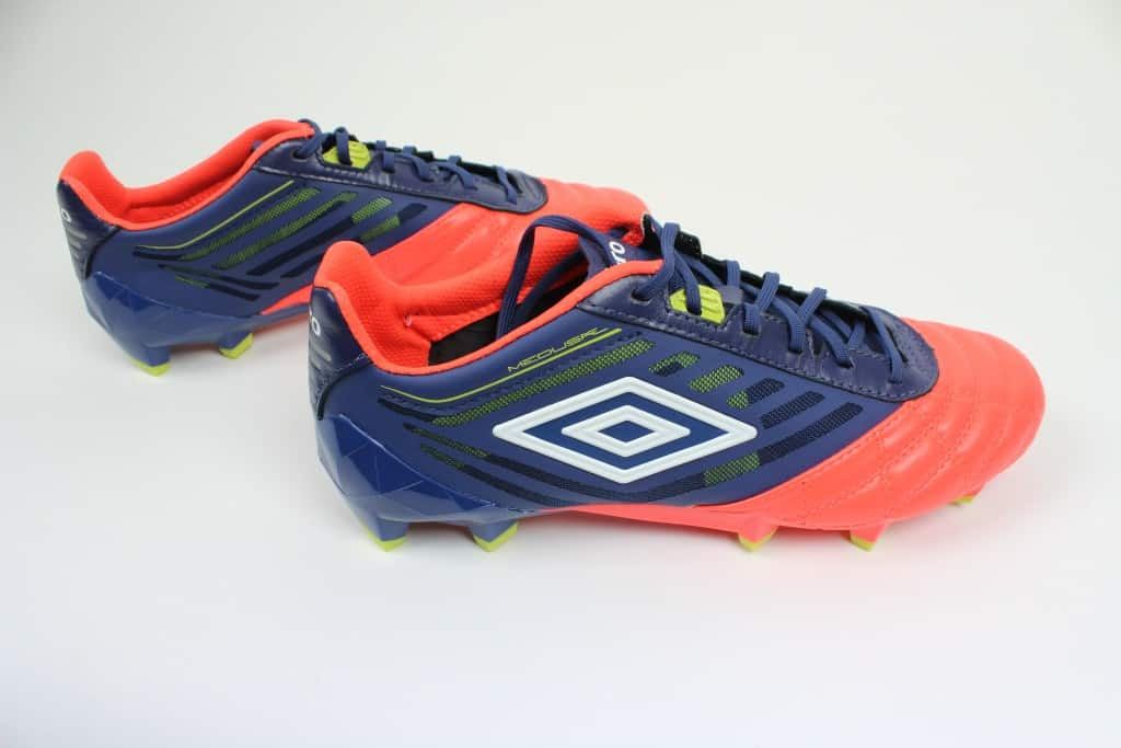 chaussure-football-umbro-medusae-2016-4-min