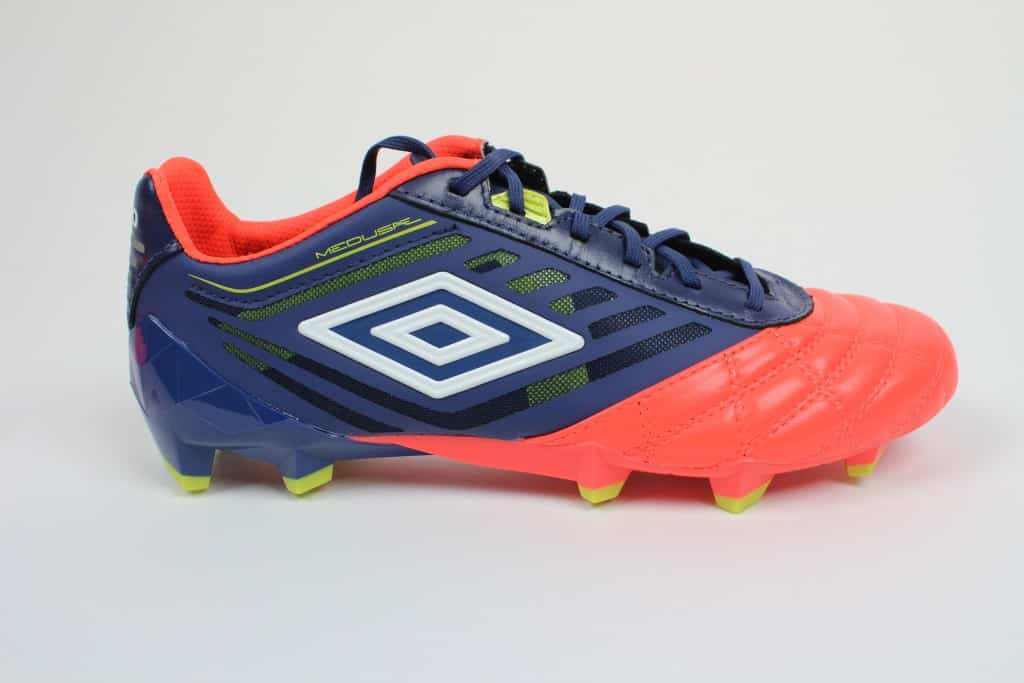 chaussure-football-umbro-medusae-2016-5-min