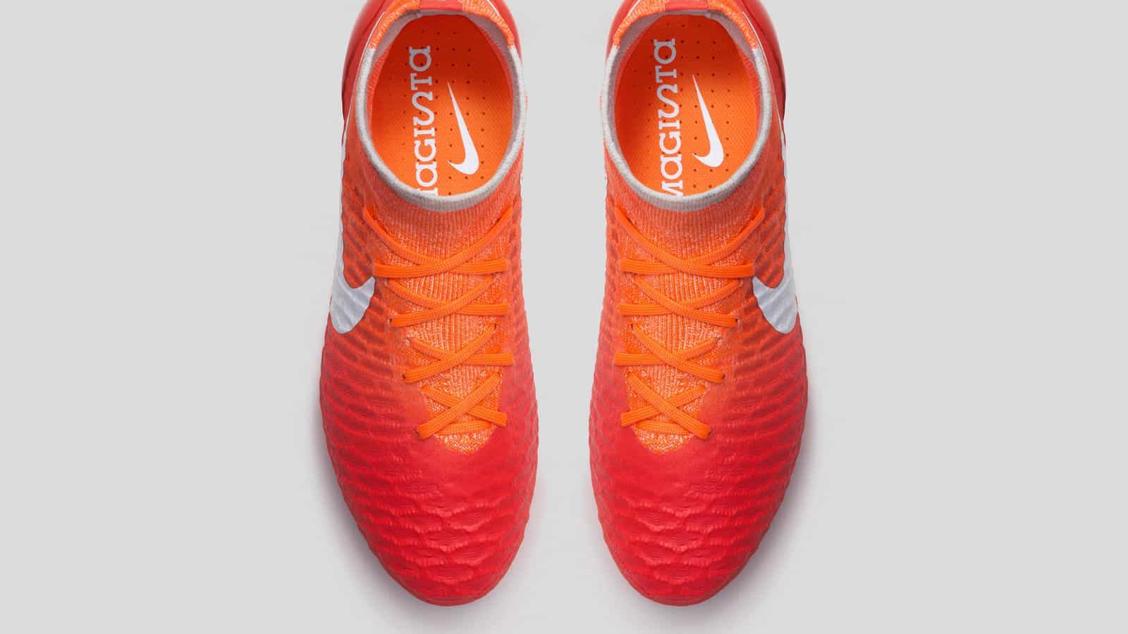 chaussure-foot-nike-2016-femme-pack-radiant-magista-3