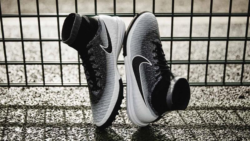 chaussure-football-nike-magista-x-proximo-blanc-noir-2