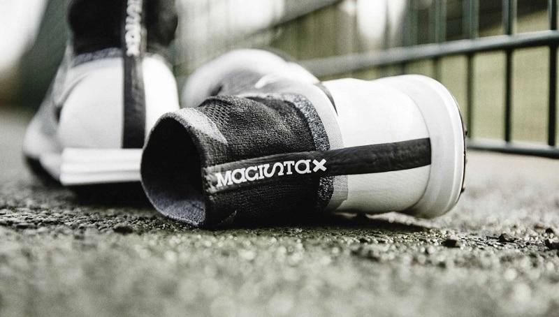 chaussure-football-nike-magista-x-proximo-blanc-noir-3
