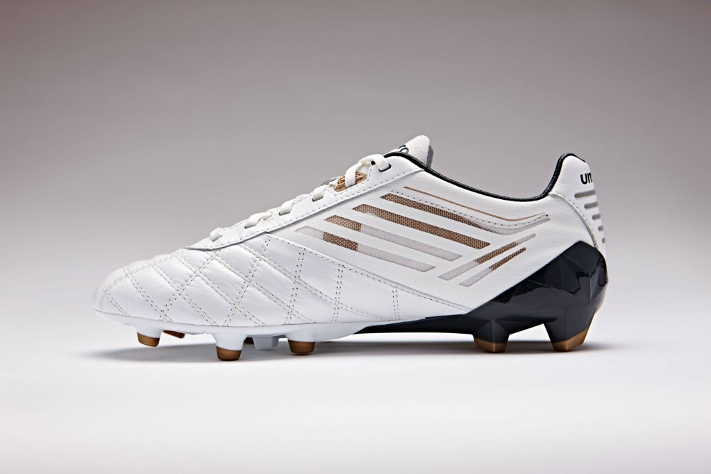 chaussure-football-umbro-medusae-blanc-9