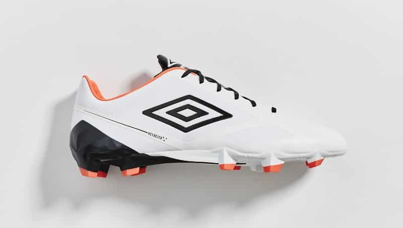 chaussure-football-umbro-velocita-2-blanc-orange-bleu-7