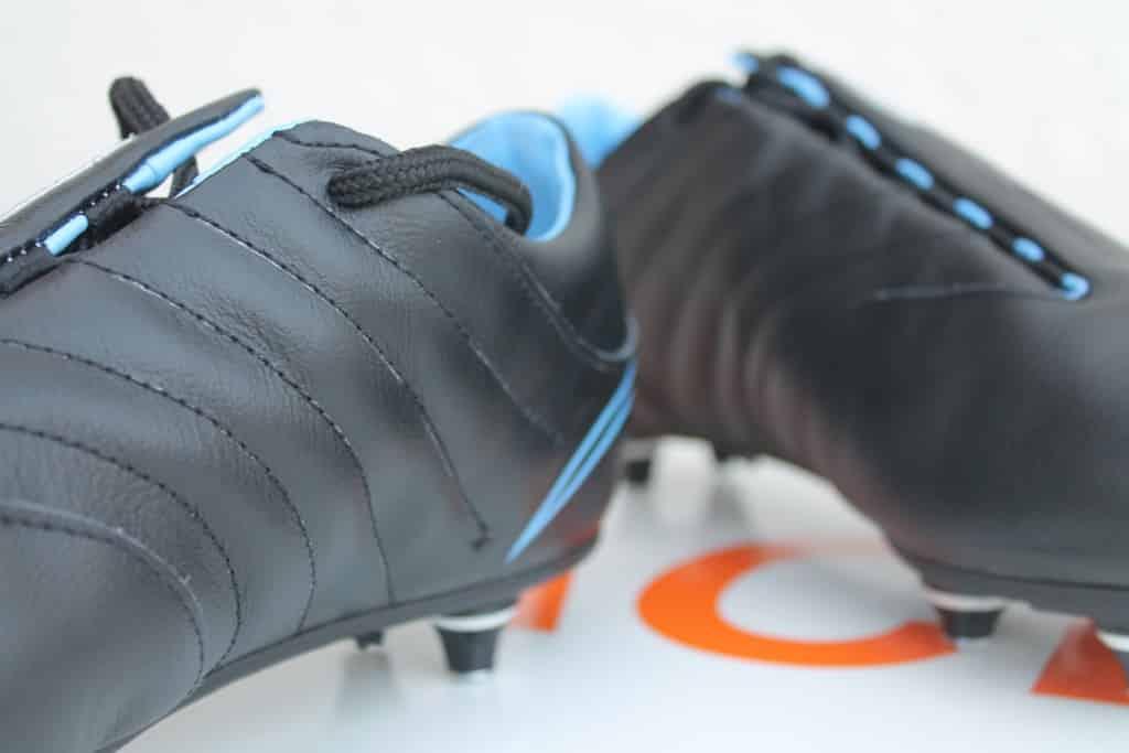 test-chaussures-de-foot-baring-2016-2-min