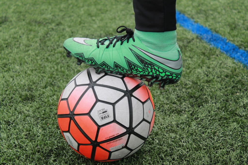 chaussure-football-Nike-Hypervenom-II-Phantom