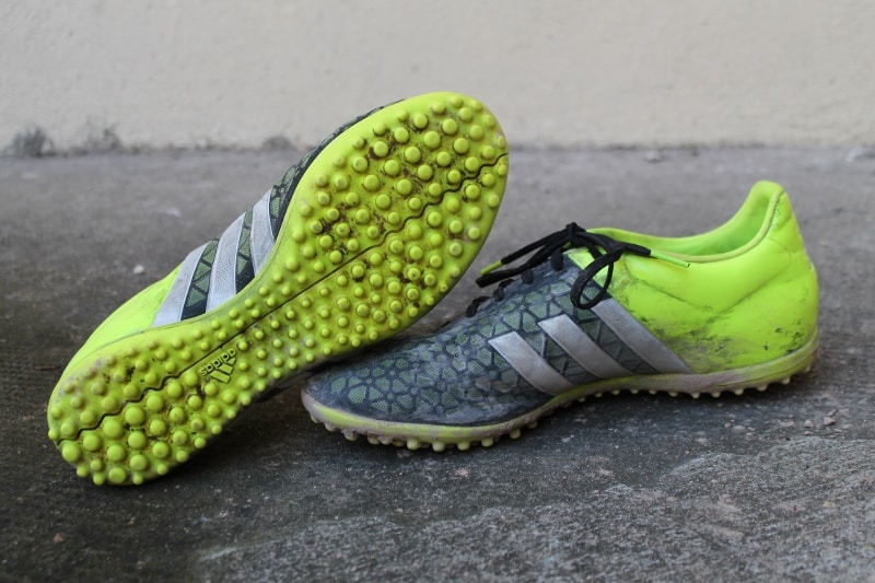 chaussure-football-adidas-ace-15-3-7