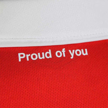 maillot-psv-eindhoven-hommage-philips-2