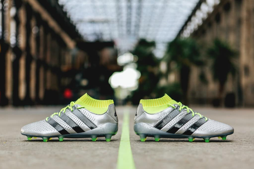 lowest price 35973 2ad56 chaussure-football-adidas-ACE16-Primeknit-Mercury-Pack-footpack-