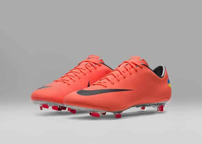chaussures-football-2011_Nike_Mercurial_Vapor_VIII