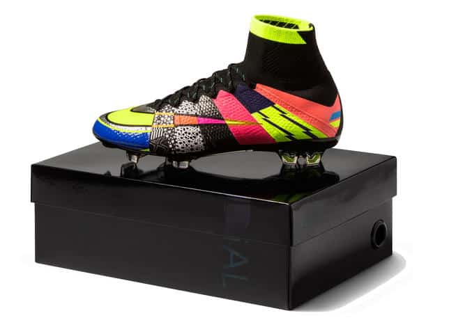 chaussures-football-Nike_What_the_Mercurial-2