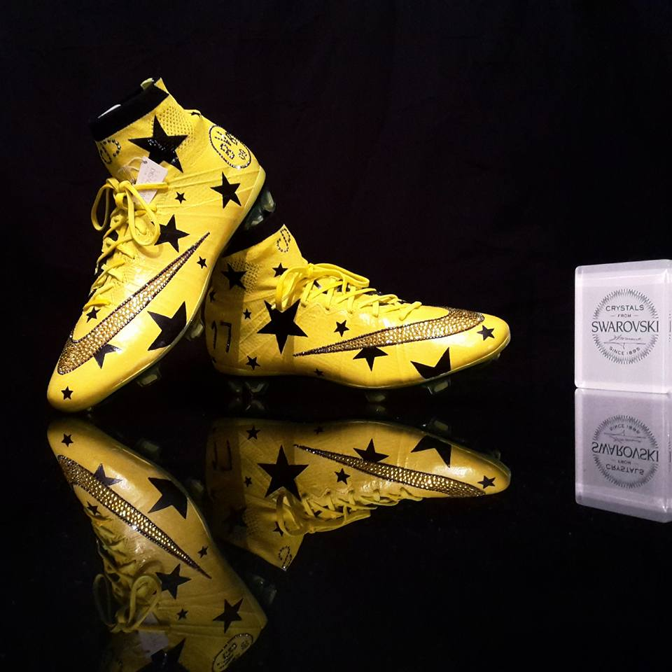 chaussures-football-Orravan-Design-Nike-Mercurial-Superfly-Aubameyang-Dortmund